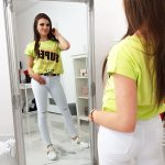 Dámske tričko s trendovou potlačou (ry0997)
