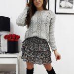 Pohodlný svetlo-sivý sveter SUSANE pre dámy (my0675)